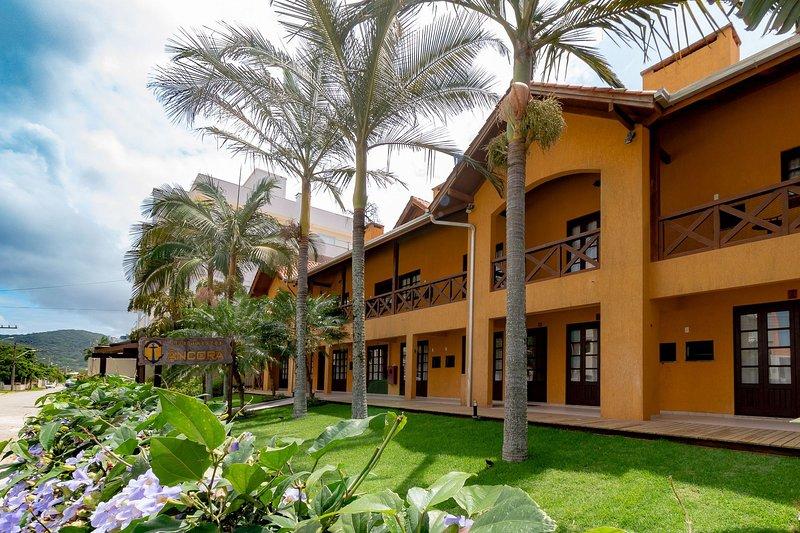 Aluguel Apartamento 2 quartos Âncora 12 |100m Mar| Bombas/SC, holiday rental in Bombinhas