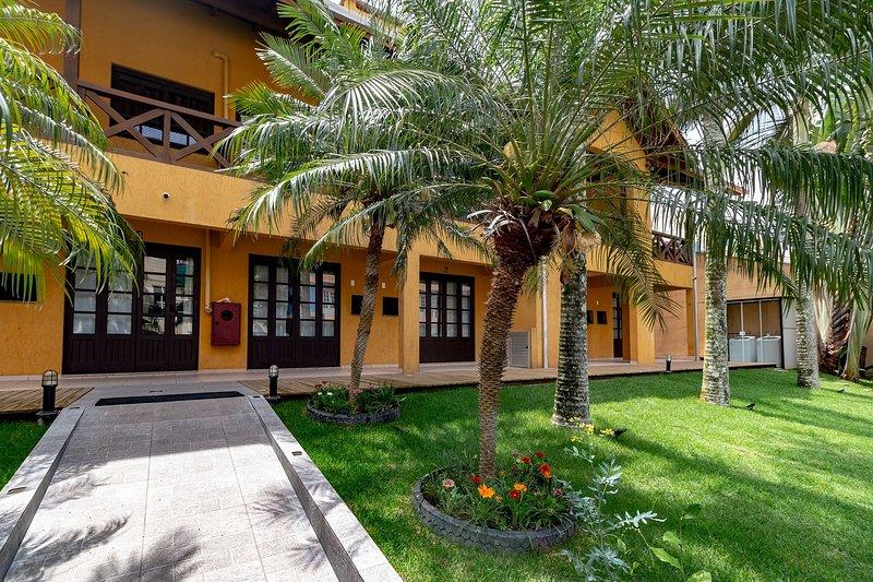 Aluguel Apartamento 2 quartos Âncora 9 |100m Mar | Bombas/SC, holiday rental in Bombinhas