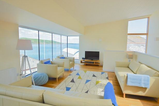Friendship Cellar, vacation rental in Coverack