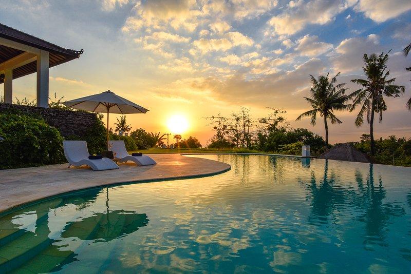 Villa Lovina Residence, holiday rental in Anturan