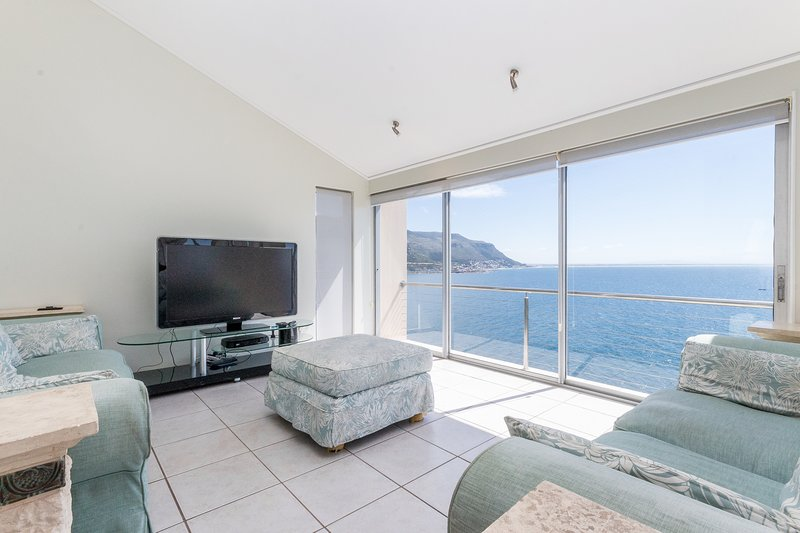 Voyager of the Seas, holiday rental in Fish Hoek
