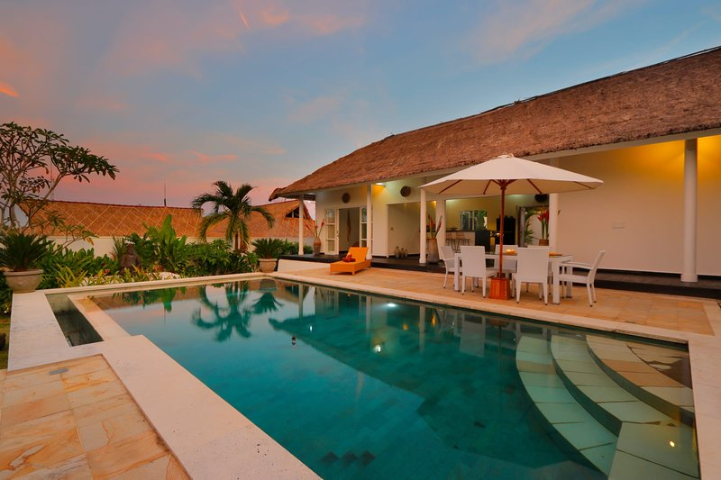 traditional Private Villa, 3 BR, Uluwatu w/ staff, vacation rental in Uluwatu