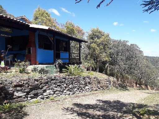 Chalé Refúgio da Paz, em Ibitipoca, no centrão do arraial, 500 metros da matriz., aluguéis de temporada em Conceição da Ibitipoca