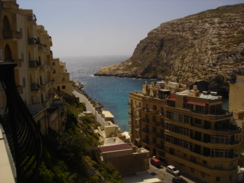 PENELOPE FLAT 4 ROOM +BALCONY VALLEY AND  SEA VIEW, vacation rental in Munxar