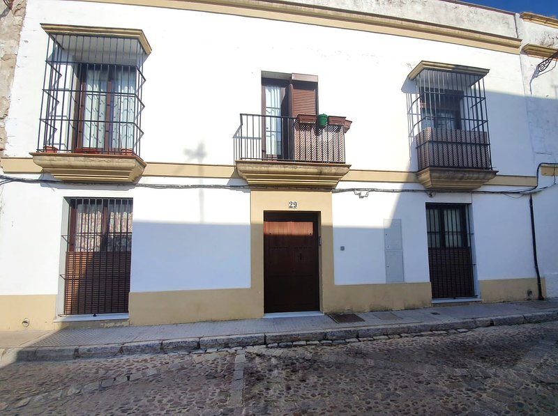 Nice apt in Jerez de la Frontera, holiday rental in La Barca de la Florida