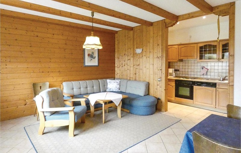 Nice home in Gräfendorf with WiFi, 2 Bedrooms and Indoor swimming pool (DBA248), holiday rental in Steinau an der Strasse