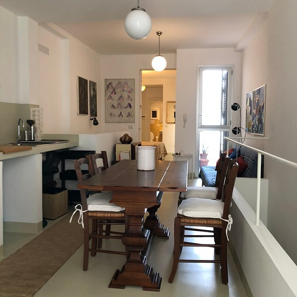 La Galleria d'Arte - A holiday with friends, holiday rental in Scilla