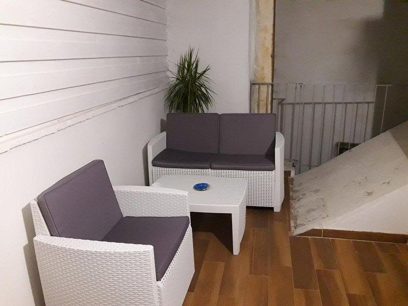 Nice house near the beach & terrace, alquiler vacacional en San Vito