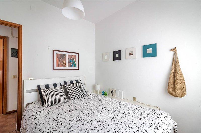 Big apartment with sea view & Wifi, casa vacanza a Telheiro