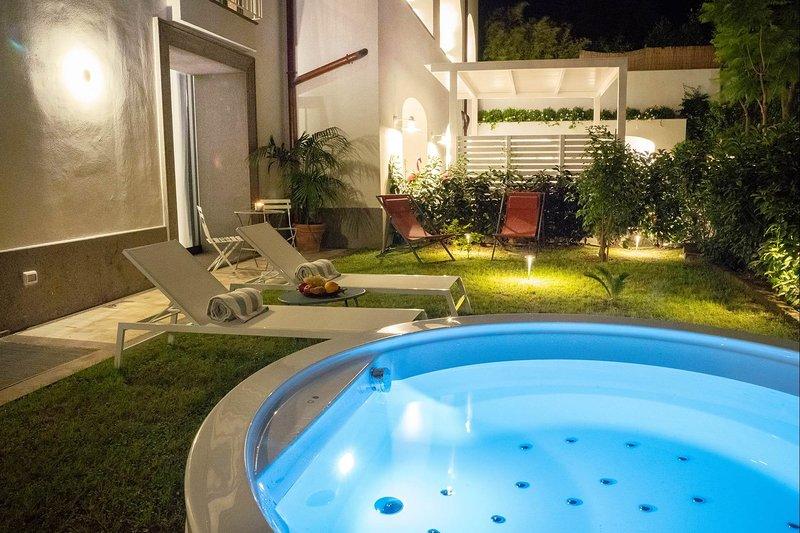 Suite Plumbago - Brand New Suite in luxury condo, casa vacanza a Sant'Agnello