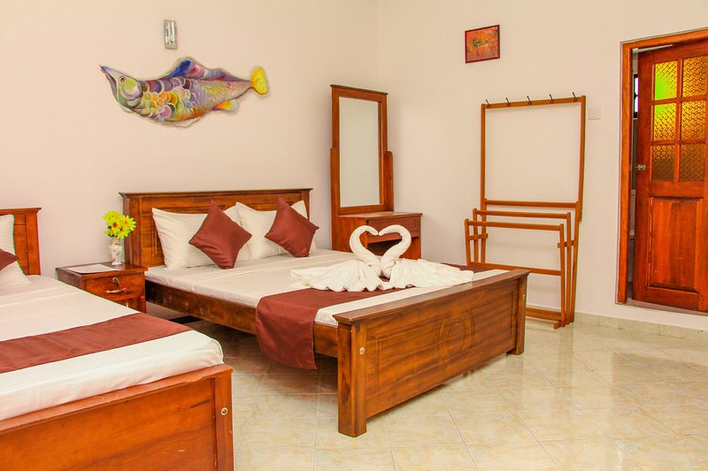 Relaxing Villa close to the most sacred Temple of Tooth Relics in Kandy, holiday rental in Katugastota