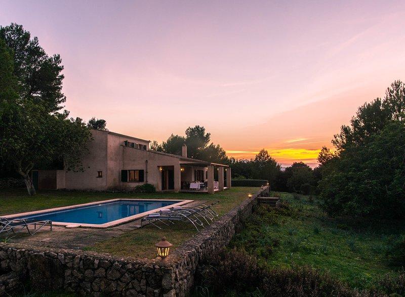 Arta Villa Sleeps 6 with Pool and Air Con - 5629495, vacation rental in Arta