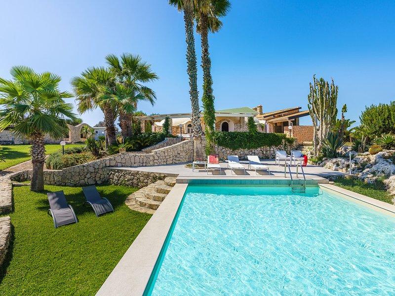 Plemmirio Villa Sleeps 4 with Pool Air Con and WiFi - 5818839, location de vacances à Plemmirio