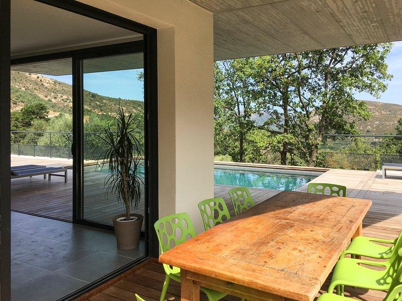 Feliceto Villa Sleeps 8 with Pool and Air Con - 5819157, location de vacances à Zilia