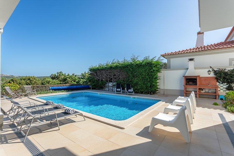 Ferrel Villa Sleeps 8 with Pool - 5819817, holiday rental in Ferrel