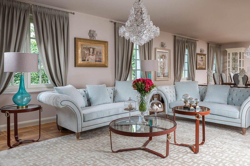 Vabriga Villa Sleeps 8 with Pool and Air Con - 5819828, vacation rental in Cervar Porat