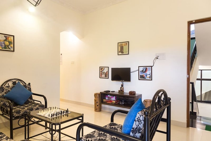 ASTER - Turquoise Tree Homestays - Candolim, holiday rental in Marra