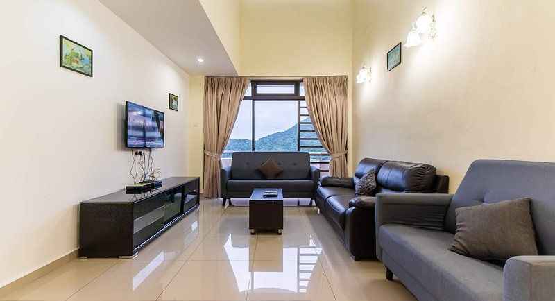 Ocean View Resort, vacation rental in Teluk Bahang