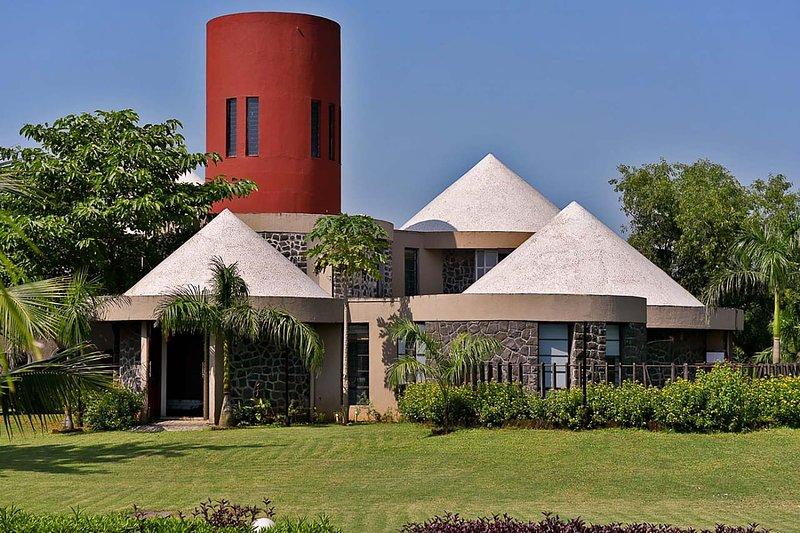 Villa Kornet by Vista Rooms, alquiler vacacional en Wadawali