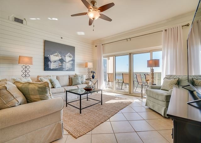 Gorgeous beach condo~relax & have no worries - we'll take care of the rest!, vacation rental in Miramar Beach