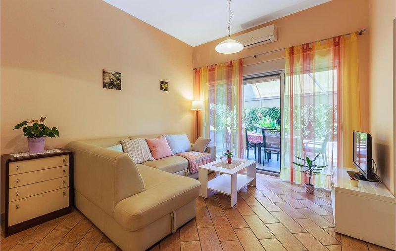 Beautiful home in Vinkuran with 2 Bedrooms (CIP567), alquiler vacacional en Vinkuran