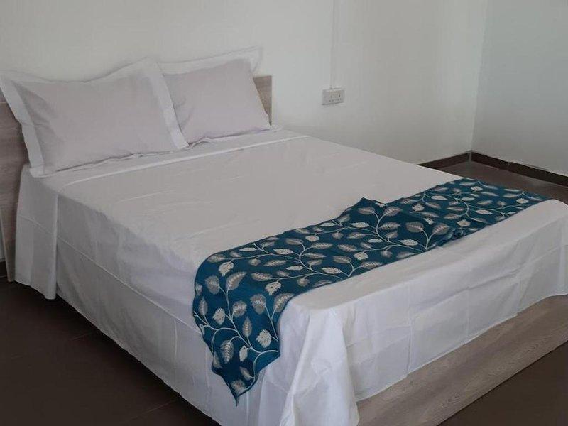 Double room in nice Palais, location de vacances à Pointe aux Canonniers