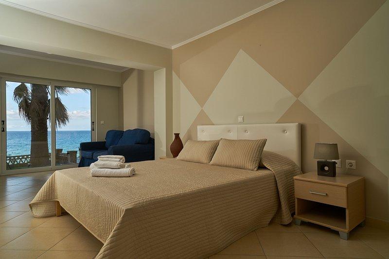 Playa Del Zante - Studio with Sea View, holiday rental in Alykanas