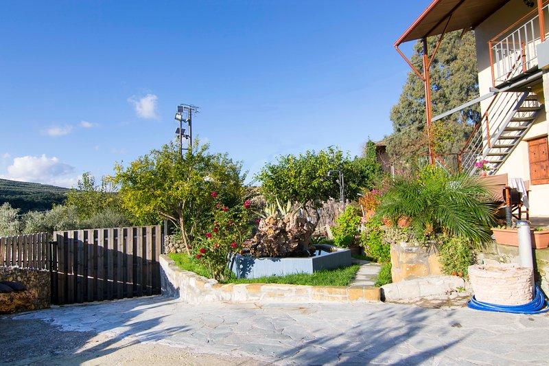 Villa Olive Tree, vacation rental in Kissamos