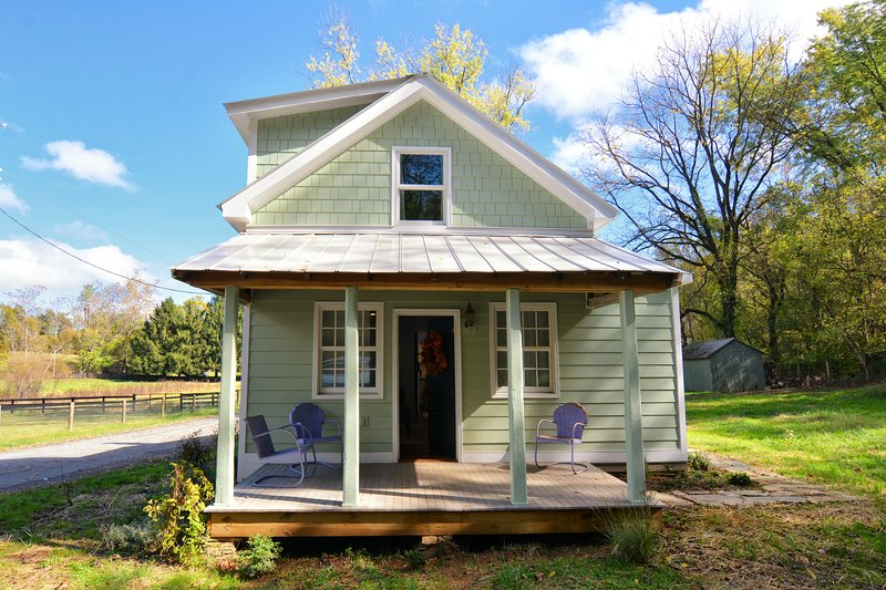 Springs Store Cottage, holiday rental in Sharpsburg