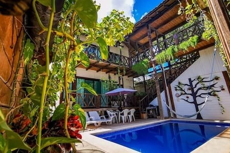 Beautiful wooden cabin in jungle-themed oasis in Tulum Mexico!, vacation rental in Tulum