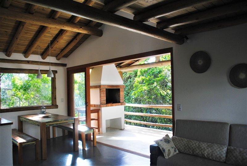 Casa Da Arvore 2, location de vacances à Barra de Ibiraquera