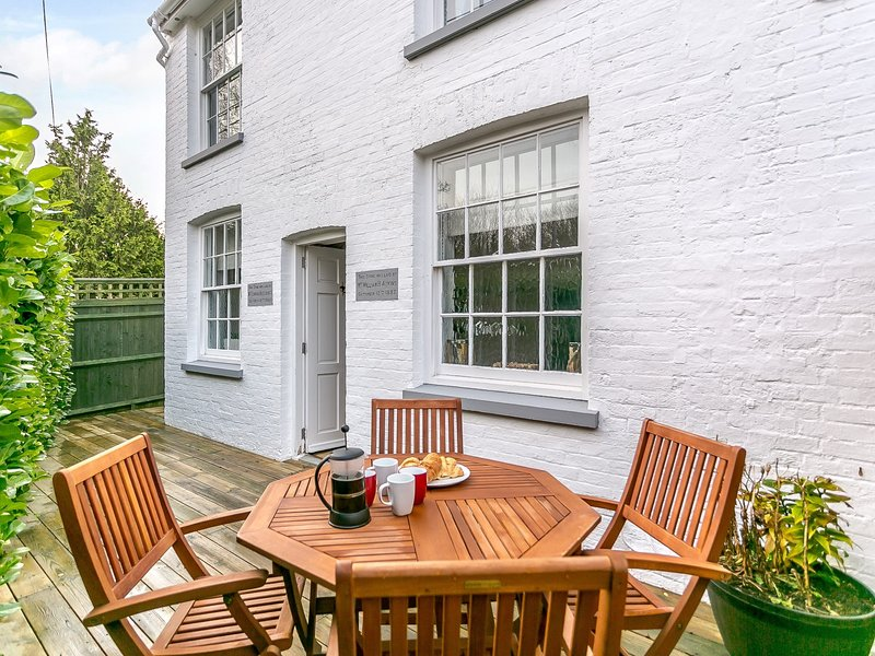 A pretty period cottage with stunning features