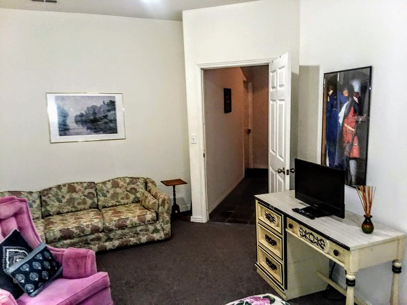 Lakefront home near LODO, LOHI, Regis U. Rm. 1, holiday rental in Denver