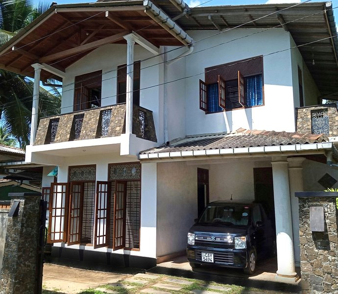 Siroy Lily, holiday rental in Pitiwella