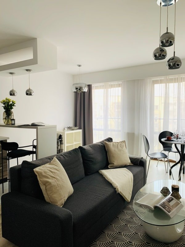 Modern&stylish apartment in historic Chocolate Factory*GARAGE, holiday rental in Zelkow