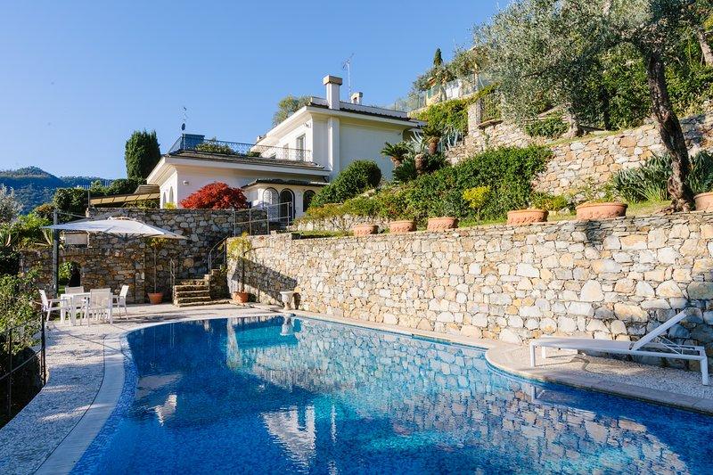 Tesoro sul Mare Large 5 bedroom Villa in Santa Margherita di Liguria, casa vacanza a Santa Margherita Ligure