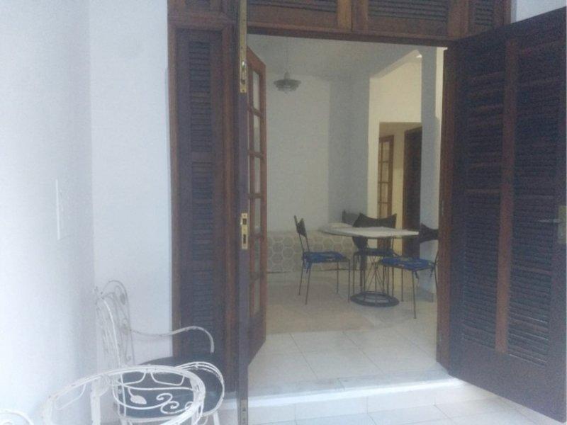 Casa de Vila Tranquila e Ambiente Familiar, aluguéis de temporada em Niterói