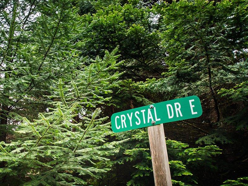 Crystal Rainier Retreat is nestled in Crystal Village II just 15 miles to Mt Rainier.