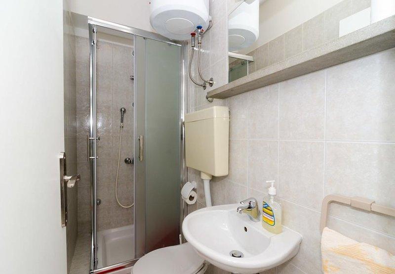 A1 (4 + 2): salle de bain avec WC