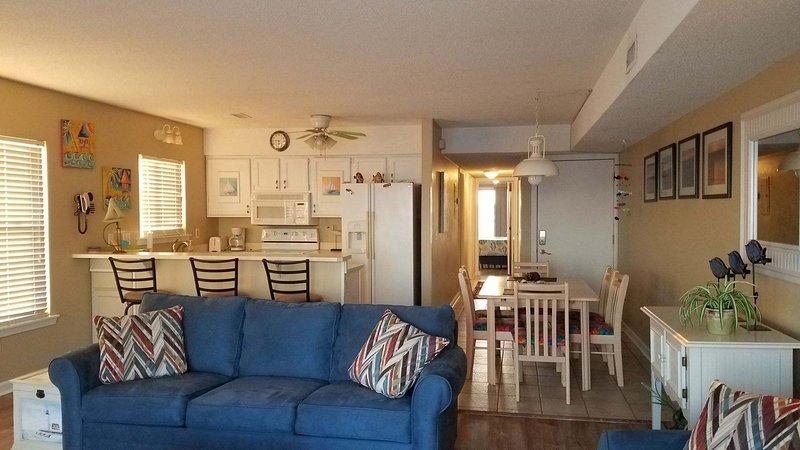 Sun Skipper Ocean Front Top Floor, vacation rental in Carolina Beach