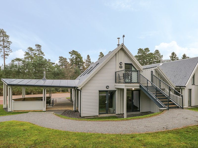 Osprey Apartment, Aviemore, holiday rental in Kincraig