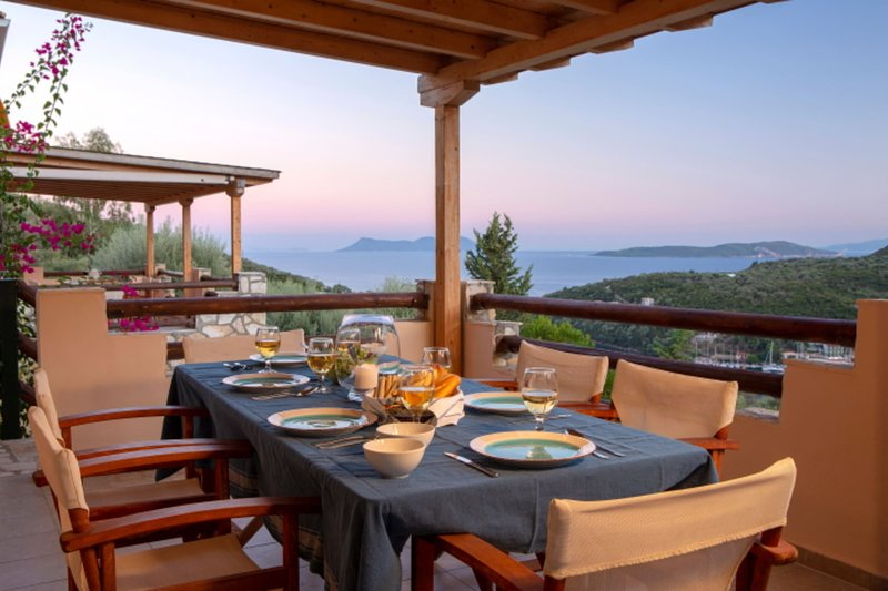 Villa Giancarlo - Lovely Villa with Stone and Wood Elements in Sivota Bay, holiday rental in Evgiros