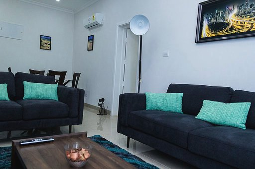 Luxury Serviced Apartment in Osu/ Ridge, vacation rental in Greater Accra