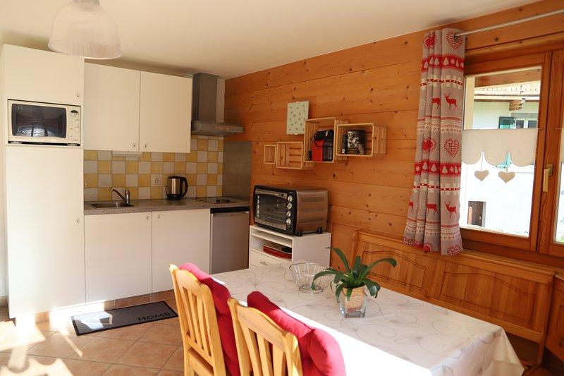 Petit nid douillet au coeur de Salvan/Les Marécottes, holiday rental in Bovernier