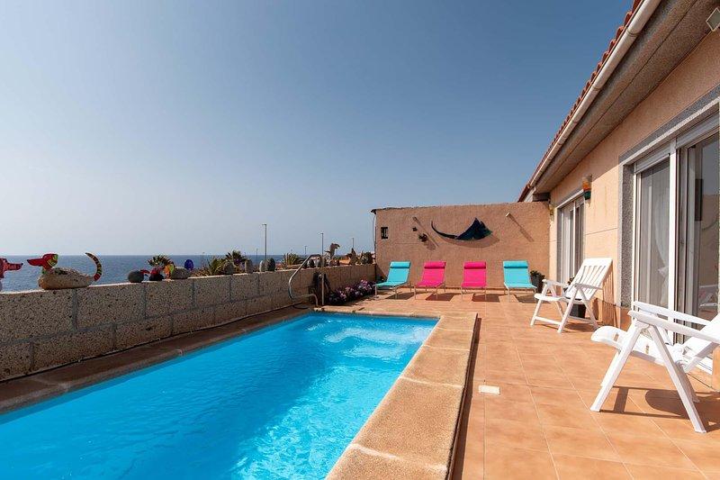 Villa Birgit für 10 Personen und eigenem Pool, vacation rental in San Miguel de Tajao