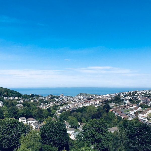 The Look Out- Ilfracombe- Stunning Views- indoor private Swimming Pool, holiday rental in Lee