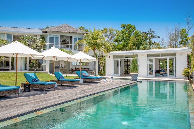 50% Off | Villa Sena Secluded Family Retreat w/ Ocean Views, holiday rental in Jimbaran