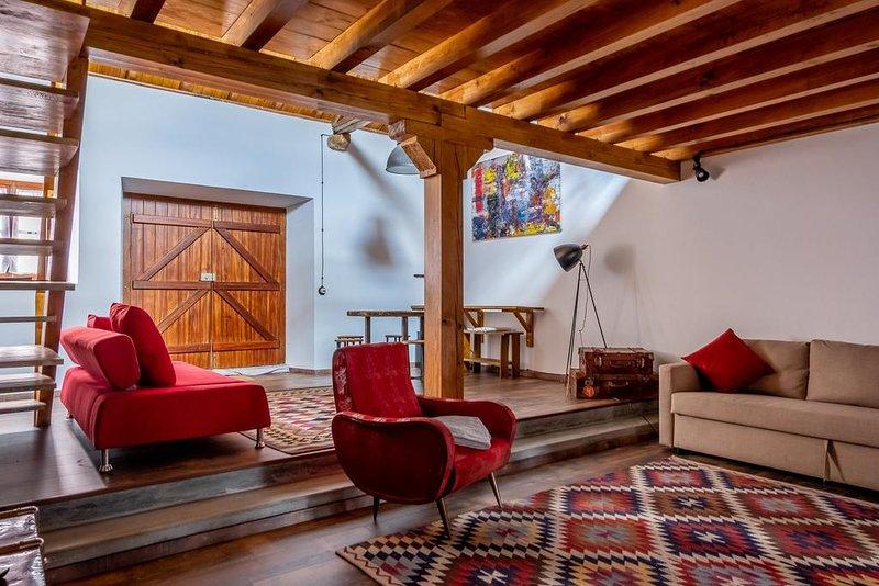 Terra Lodge - Adega (Casa 3), holiday rental in Casais de Sao Lourenco