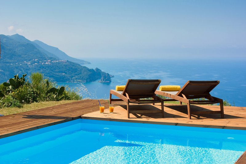 Villa Vardia Corfu-Amazing Seaviews with heated pool, holiday rental in Agios Gordios