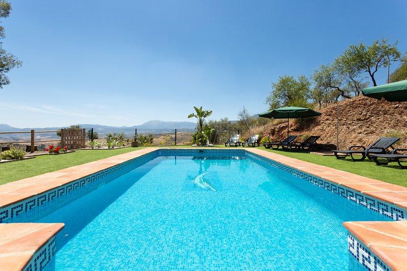 Cubo's Casa Rural Casateja, vacation rental in Casarabonela